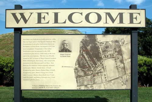 Fort Mott Welcome Sign